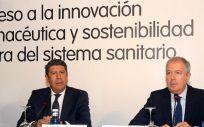 Manuel Vilches, director general de IDIS y Luis Mayero, presidente de IDIS durante la jornada sobre la innovación en la sanidad