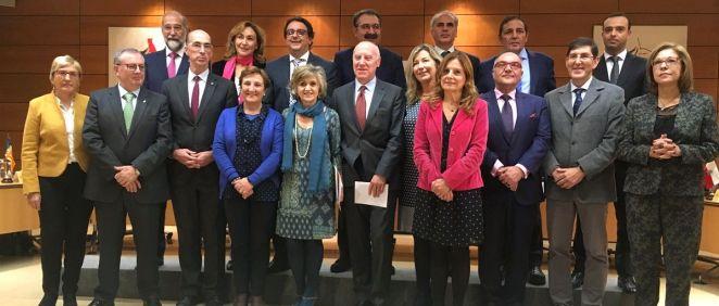 Asistentes al primer Consejo Interterritorial del SNS presidido por María Luisa Carcedo.