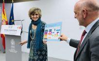 La exministra de Sanidad, María Luisa Carcedo, presentando el calendario vacunal común (Foto: ConSalud.es)