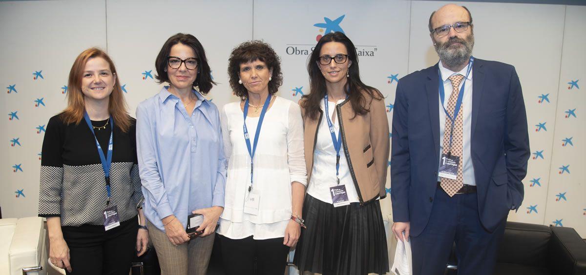 De izquierda a derecha: Sagrario Mayoralas, Sofía Azcona, Blanca Fernández-Lasquetty, Marta del Olmo y José Sacristán han abordado el papel de la comunicación digital en el ámbito de la cronicidad | Foto: Miguel Ángel Escobar