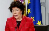 Isabel Celáa, portavoz del Gobierno, durante la rueda de prensa posterior al Consejo de Ministros este viernes.