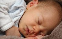 La gran mayoría de los niños son infectados por VRS antes de los dos años
