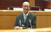 El doctor José Luis Díaz Maroto Muñoz, coordinador del Grupo de Trabajo de Tabaquismo de la Sociedad Española de Médicos de Atención Primaria (SEMERGEN), esta semana en el Senado