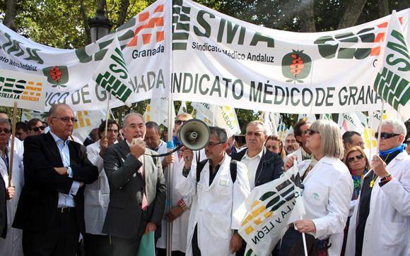 Los médicos piden al Gobierno adaptar las leyes a las normas europeas para acabar con la precariedad