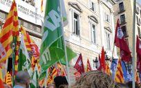 Reciente concentración de Satse y otros sindicatos ante la Generalitat / Foto: Satse Catalunya.