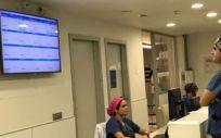 El hospital ha incorporado también el manejo de los dispositivos electrónicos del bloque quirúrgico a través de interacciones verbales o gestuales