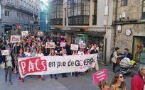 Imagen de una marcha de los trabajadores de los PACs gallegos en Pontevedra.