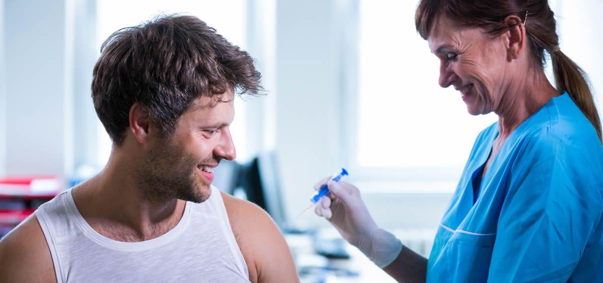 Una gran cantidad de centros de salud se han quedado sin dosis de la vacuna contra la gripe