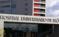 Fachada principal del Hospital de León