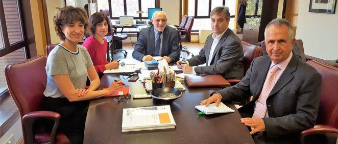 Los representantes de Sanidad y Satse han analizado cuestiones como la aplicación de la prescripción enfermera o las agresiones a sanitarios