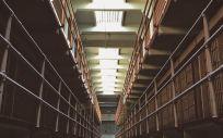 El informe de CSIF-Prisiones cifra la merma económica que ha sufrido el colectivo desde 2005.