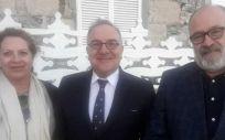 José Manuel Baltar, consejero de Sanidad de Canarias, con Beatriz Páez, directora del Área de Salud y José Izquierdo, gerente de Servicios Sanitarios