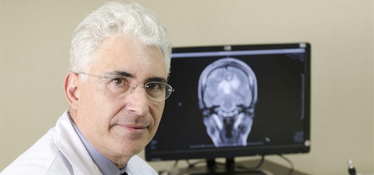 Francisco Grandas Pérez, jefe del Servicio de Neurología del Hospital Gregorio Marañón de Madrid, recomienda a los pacientes con parkinson hacer ejercicio físico