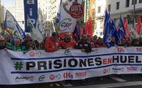 Funcionarios de prisiones durante la marcha celebrada el pasado 11 de diciembre por las calles de Madrid.