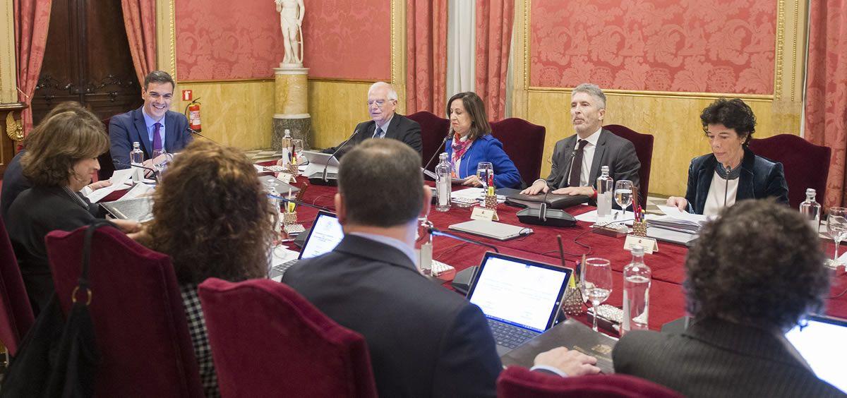Imagen de la reunión del Consejo Ministros celebrado en Llotja de Mar (Barcelona). Foto: Pool Moncloa / Puig de la Bellacasa.