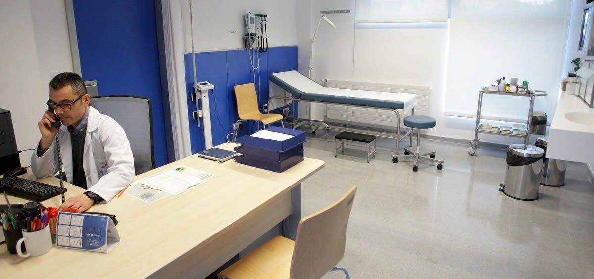Según la Organización Médica Colegial, los médicos de Familia (256) son los especialistas que más demandan el certificado.