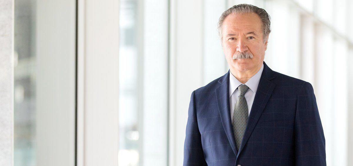 El doctor Carlos Jiménez Ruiz, presidente de la Sociedad Española de Neumología y Cirugía Torácica (Separ)