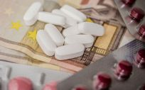La subasta de medicamentos fue recurrida en varias ocasiones por el Ejecutivo de Mariano Rajoy ante el Tribunal Constitucional (TC)