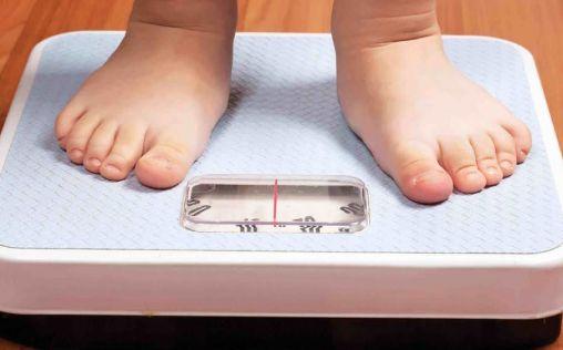 Satse demanda enfermeras en los centros escolares para acabar con la obesidad infantil