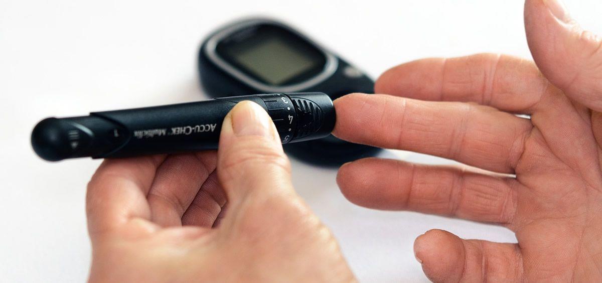 La medición de la glucosa en la sangre es fundamental para una buena calidad de vida de los pacientes con diabetes