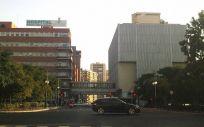 Fachada del Hospital Clinico de Valencia, al que fue trasladada la mujer