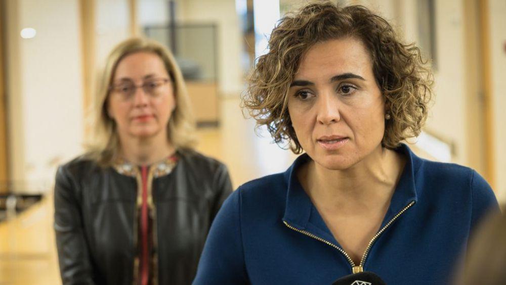 Dolors Montserrat, portavoz del PP en el Congreso, junto a Teresa Angulo, portavoz de Sanidad del PP.