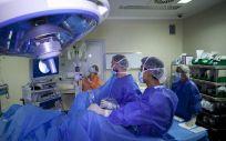 El SCS reduce la lista de espera quirúrgica a 8.663 pacientes y sitúa la demora media en 86,93 días