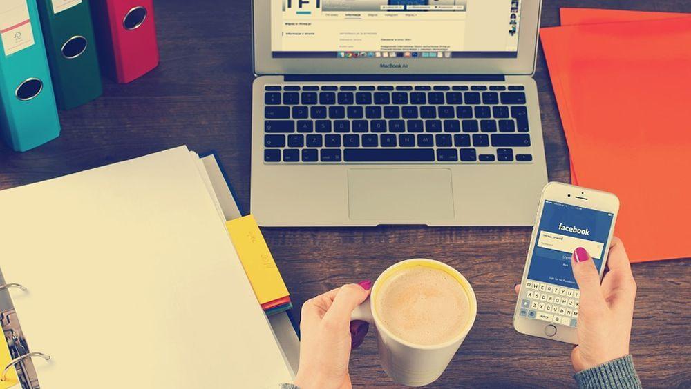 El uso excesivo de redes sociales es comparable a la adicción a las drogas