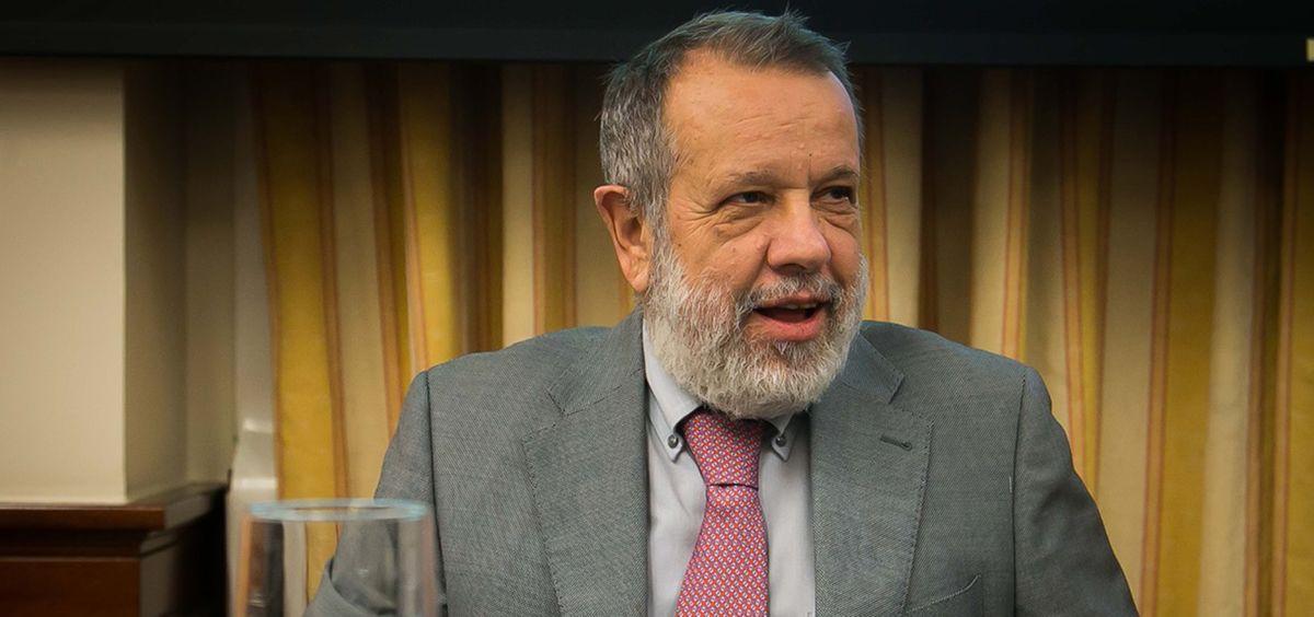 El Defensor del Pueblo, Francisco Fernández Marugán, interviniendo en el Congreso.