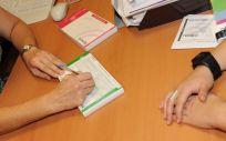 Con la experiencia laboral mínima de un año, no es necesaria formación adicional o acreditación a través de la Agencia de Calidad Sanitaria de Andalucía