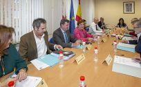 María Luisa Real en la reunión con la Universidad de Cantabria. Foto: José Cavía
