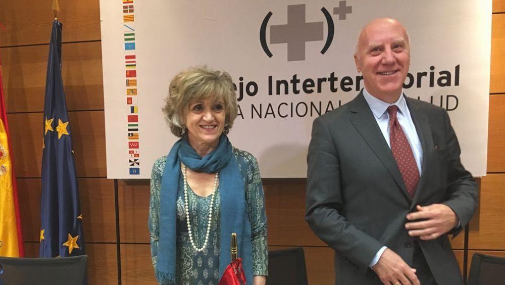 María Luisa Carcedo, ministra de Sanidad, junto a Faustino Blanco, secretario general de Sanidad. (Foto. ConSalud)