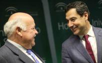 De izquierda a derecha: Jesús Aguirre y Juan Manuel Moreno Bonilla