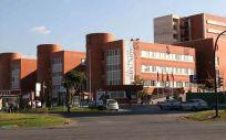Fachada exterior del Hospital Universitario Virgen de la Arrixaca de Murcia, donde falleció el paciente por un cáncer