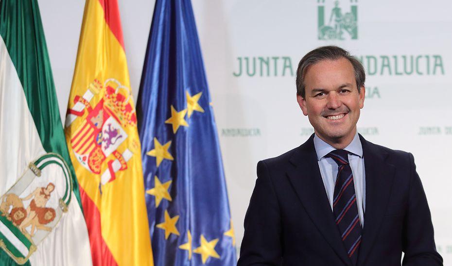 Alberto García Valera ha dimitido como consejero de Hacienda en Andalucía por problemas de salud