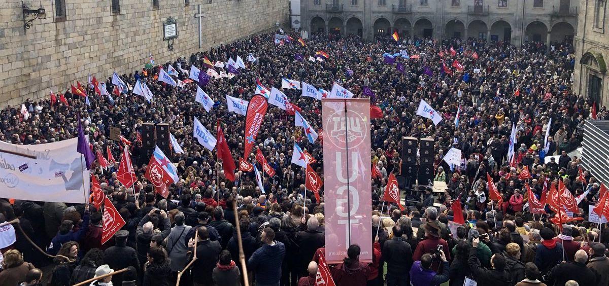 Imagen de la Plaza de A Quintana en Santiago de Compostela durante el cierre de la manifestación.