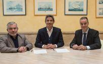 Dr. Basilio Hernández, responsable médico del área de Neurociencias de Novartis;  D. Orlando Vergara, director del área de Neurociencias de Novartis, y Dr. Pablo Eguia, presidente de la Socane