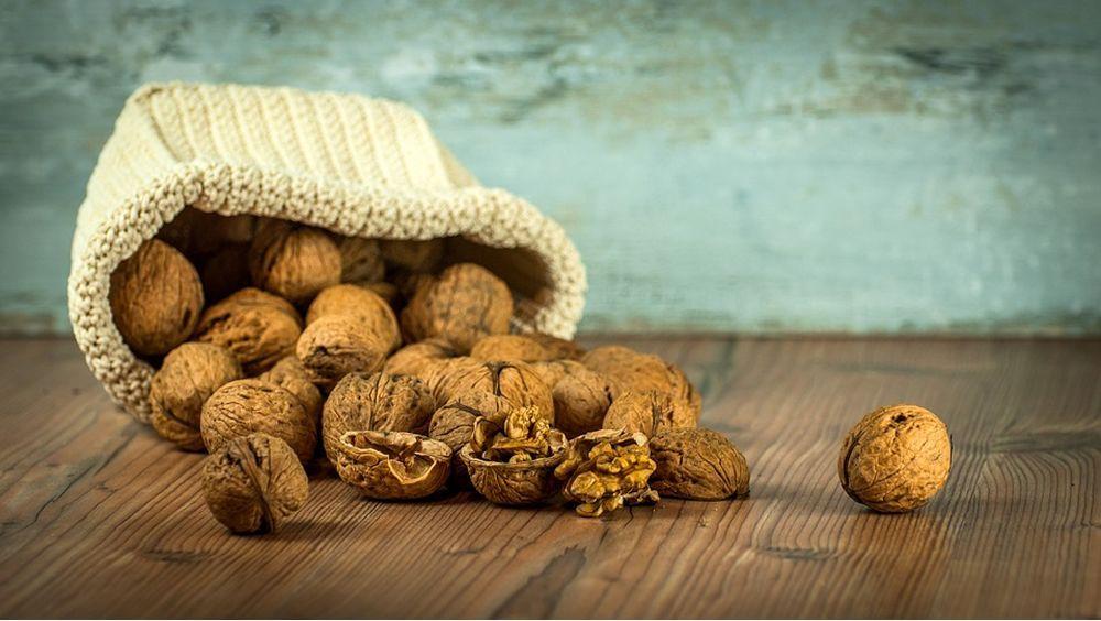 Comer nueces, clave para reducir el riesgo cardiovascular