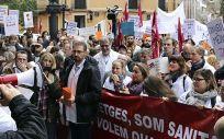 Los médicos de la sanidad concertada catalana durante una de sus protestas.