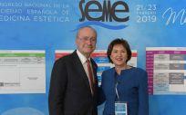 Francisco de la Torre, alcalde de Málaga y Petra Vega, presidenta de la SEME