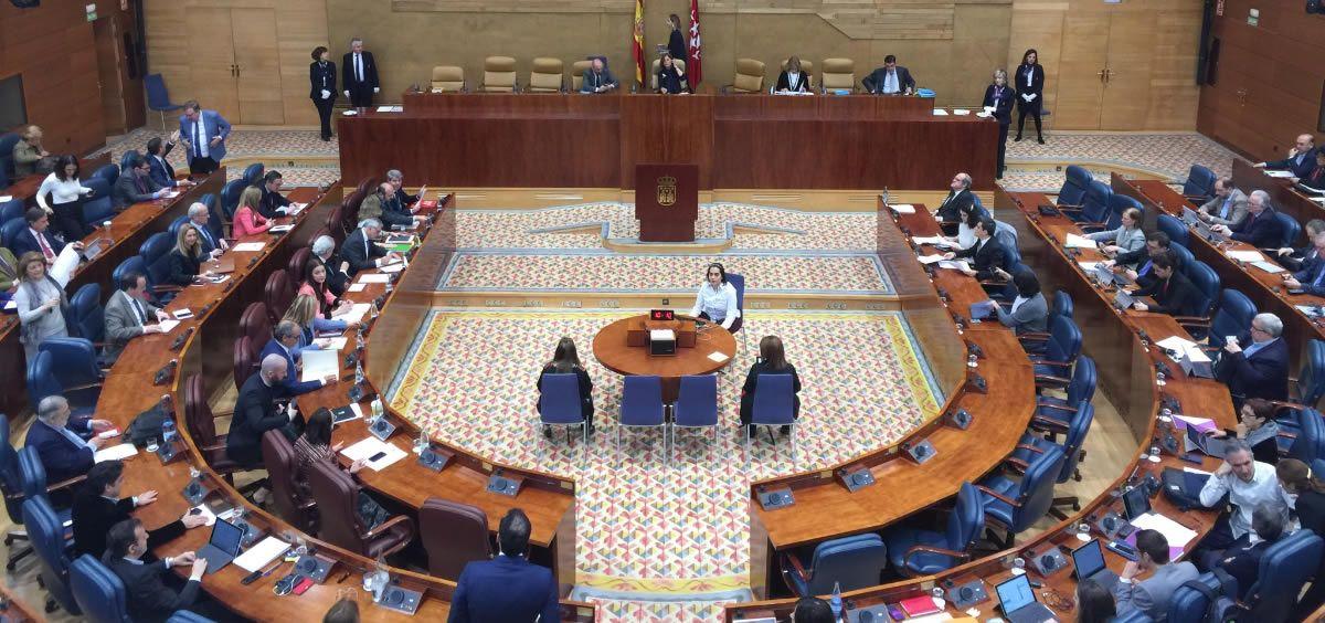 Las negociaciones con los grupos parlamentarios de la Asamblea de Madrid sobre la nueva ley de Farmacia todavía no han acabado