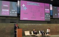 Mesa del congreso Forbes Summit Healthcare sobre la lnnovación y relación con el paciente