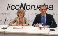 María Luisa Carcedo, ministra de Sanidad, junto a Pedro Duque, ministro de Ciencia (Foto: ConSalud.es)