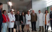 Visita del consejero de Sanidad andaluz, Jesús Aguirre, al Centro de Salud Carlos Castilla del Pino