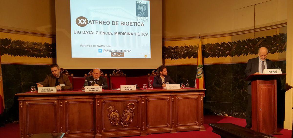 La inauguración del XX Ateneo de Bioética, impulsado por Fundación de Ciencias de la Salud, ha versado sobre el Big Data y la inteligencia artificial