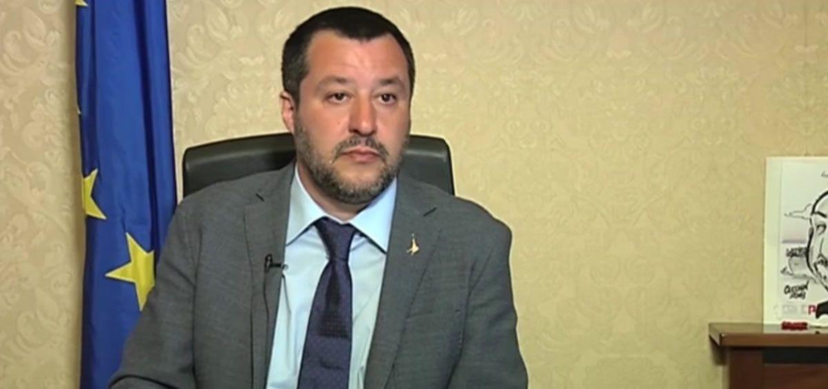 Salvini da tregua a los padres antivacunas en italia for Ultimas declaraciones del ministro del interior