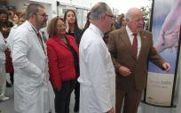 El consejero de Salud y Familias, Jesús Aguirre, durante su visita al Hospital de Montilla