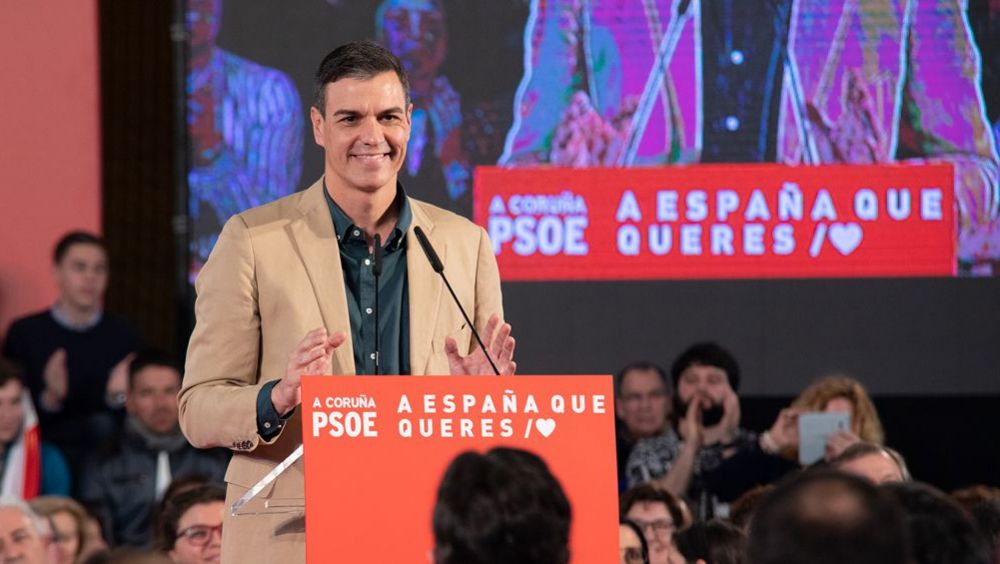 Pedro Sánchez, presidente del Gobierno y secretario general del PSOE, durante un mitin en La Coruña.