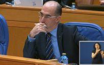 El consejero de Sanidad, Jesús Vázquez Almuiña, en el pleno del Parlamento de Galicia de este martes.