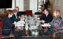 Reunión reciente entre la ministra de Sanidad, María Luisa Carcedo, y el presidente de Ceuta, Juan Vivas.